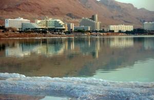зеркальная гладь, курортная зона, отдых на Мертвом море, Израиль, туризм, лечение
