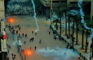 обстановка, ситуация, египтяне, протесты, Египет, хроника января, манифестанты, слезоточивый газ