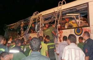 Водитель одного из автобусов уснул за рулём, дорожно-транспортное происшествие, авария, автомобильная трасса, Египет, статистика, Синайский полуостров