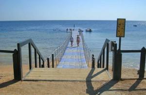 понтон отеля Melia Sinai 5*, вход в море, Шарм Эль Шейх, отдых в Египте, Egypt