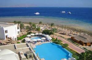корабли дайверов на мысе, кораллы отеля Melia Sinai 5*, мыс, бухта Рас Назрани, Шарм Эль Шейх, отдых в Египте, Egypt