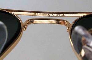 очки Ray Ban оригинал, как отличить подделку, перемычка с клеймом, лицензия от производителя
