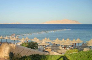вид на остров Tiran